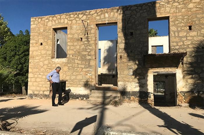Ξεκίνησαν οι εργασίες ανακατασκευής του ιστορικού κτιρίου Μπάρκα στη Χώρα του Δήμου Πύλου-Νέστορος
