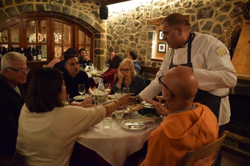 Δείπνο στην όμορφη Βυτίνα για τους Ιταλούς τουριστικούς πράκτορες (pics-vid)