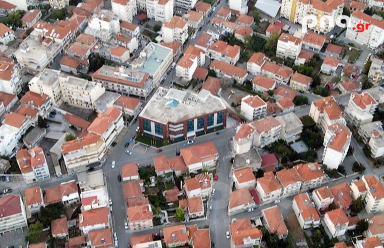 Περίφραξη και διαμόρφωση χώρων, για τις ανάγκες των συνεργείων του Δήμου Τρίπολης στην οδό Παμπούκη