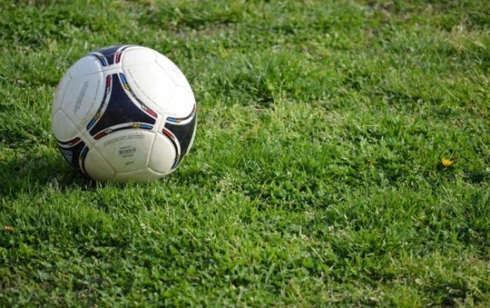 Αιγίνιο: Φουσκωτοί και οπαδοί χτύπησαν ποδοσφαιριστές της Σπάρτης στα αποδυτήρια