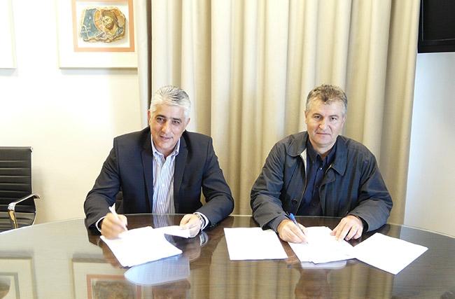 3496c304e2 Υπογραφή σύμβασης για την εκτέλεση του έργου βελτίωσης του ...