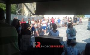 Απαράδεκτο ... Αύγουστος και τα σπήλαια Διρού στη Μάνη διώχνουν τον κόσμο (pics)