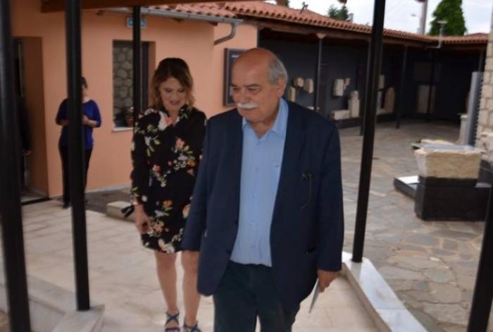 Φωτογραφίες από την επίσκεψη του προέδρου της Βουλής στο Αρχαιολογικό Μουσείο Τεγέας