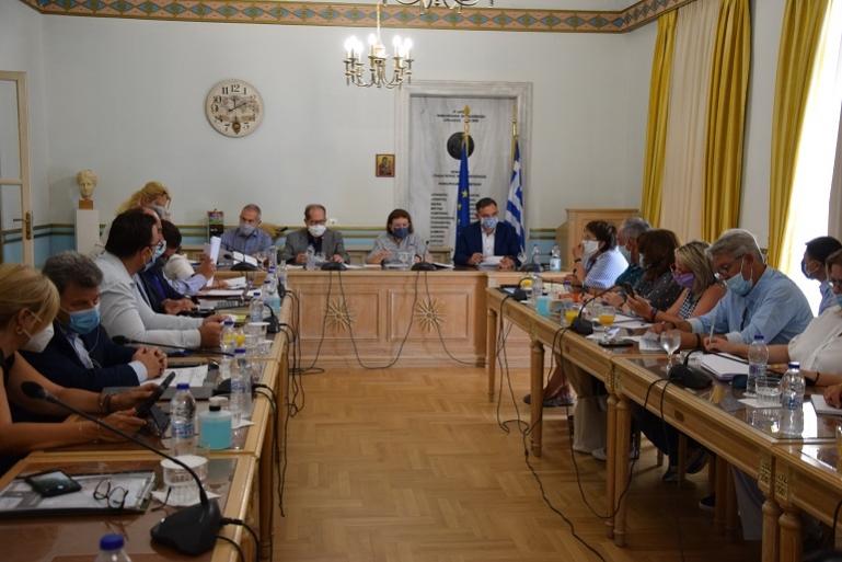Σύσκεψη εργασίας της υπουργού Πολιτισμού Λίνας Μενδώνη στην Περιφέρεια Πελοποννήσου (video)