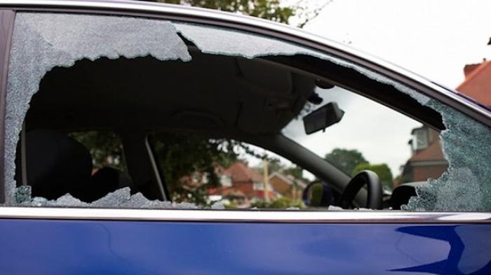 Καταγγελία: Νεαροί Ρομά πετούν πέτρες σε διερχόμενα αυτοκίνητα στη γέφυρα της Νέας Κίου στην Αργολίδα