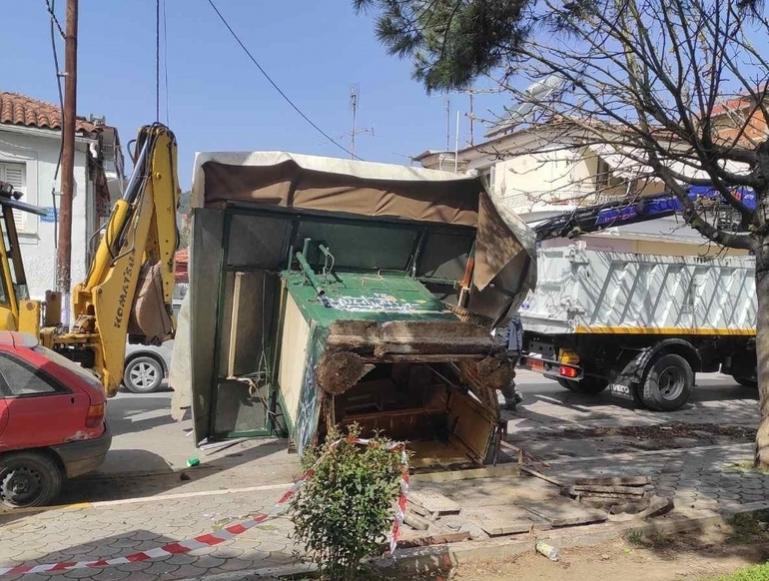 Τρίπολη | Τίτλοι τέλους για το ιστορικό περίπτερο στην Αγία Βαρβάρα Σεχίου