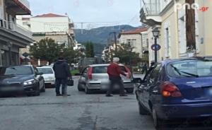 Τρίπολη: Τροχαίο ατύχημα στην πλατεία Ανεξαρτησίας (photo)
