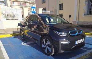 Επιπλέον 5 ηλεκτρικά οχήματα θα προμηθευτεί η Περιφέρεια Πελοποννήσου