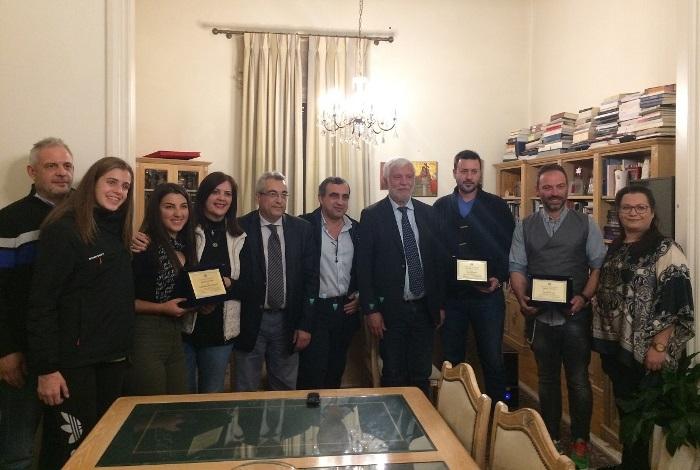 Τους πρωταθλητές Ελευθερία Ρηγοπούλου και Δαυίδ Ζωγραφάκη καθώς και τον πρόεδρο της ΑΕΚ Τρίπολης Π. Βαλασόπουλο τίμησε ο Πέτρος Τατούλης