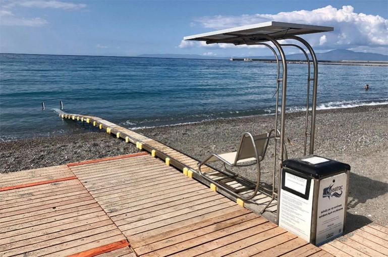 Τοποθετήθηκαν τα Seatrac σε παραλίες της Καλαμάτας