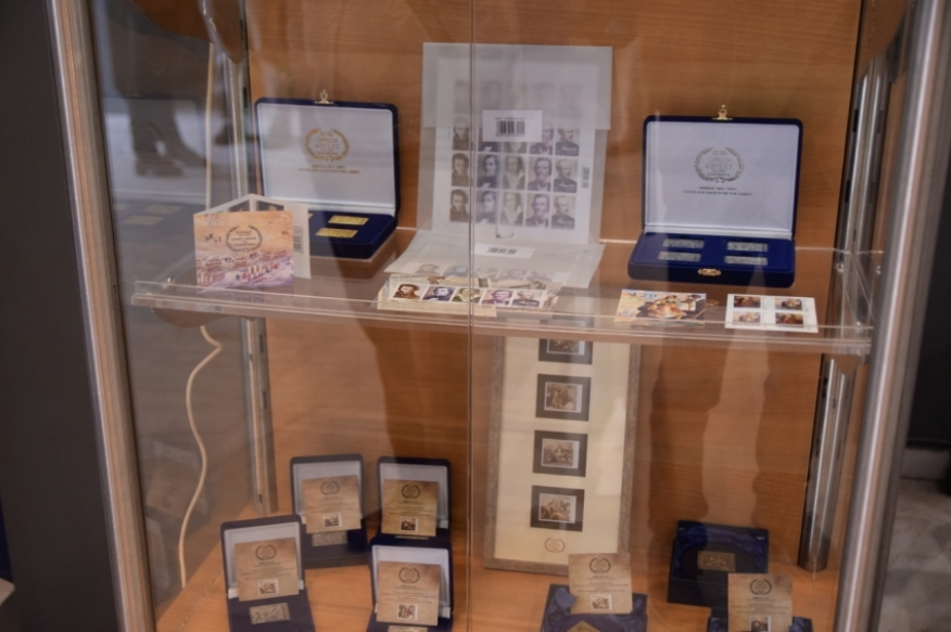Παρουσίαση επετειακών προϊόντων για την Άλωση της Τριπολιτσάς από τα ΕΛΤΑ στην Τρίπολη (pics - vid)