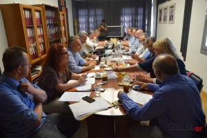 Οι αποφάσεις μετά τη συνάντηση Νίκα με το Περιφερειακό Επιμελητηριακό Συμβούλιο Πελοποννήσου