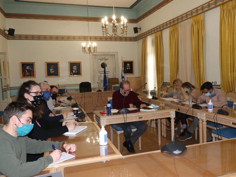 Σύσκεψη για το νέο ΠΕΠ Πελοποννήσου 2021 – 2027 υπό τον περιφερειάρχη Π. Νίκα
