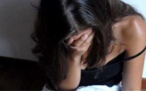 Πάτρα: Εξέδιδε την ανήλικη ξαδέρφη της - Είχε μετατρέψει βαγόνι του ΟΣΕ σε... οίκο ανοχής