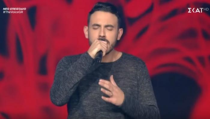 """Συνεχίζει στο """"The Voice of Greece"""" o Κωνσταντίνος Αγγελόπουλος (video)"""