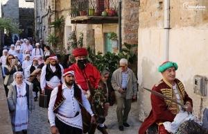 Αναβίωσε και φέτος το διάσημο έθιμο του Αγά στα Μαστιχοχώρια της Χίου (video - pics)