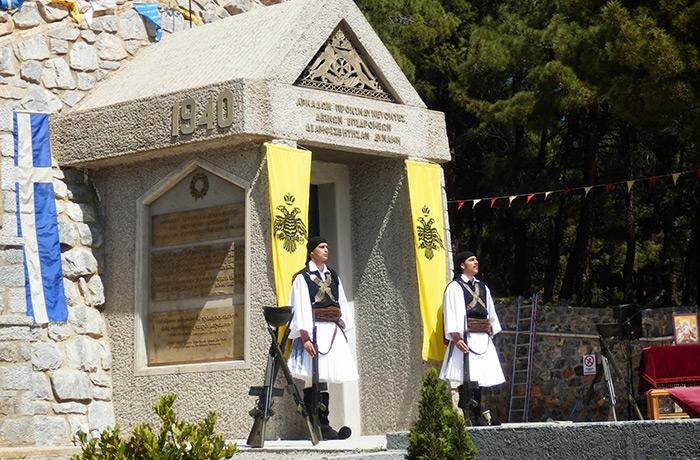 Συνεχίζονται πυρετωδώς οι προετοιμασίες στο μνημείο πεσόντων 1940-41 στην Τρίπολη