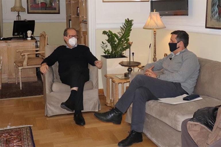 Συνάντηση εργασίας του περιφερειάρχη Πελοποννήσου με τον δήμαρχο Βόρειας Κυνουρίας Γιώργο Καμπύλη