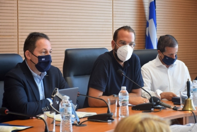 Σύσκεψη για τα μέτρα στήριξης των πυρόπληκτων περιοχών και πολιτών της Αχαΐας